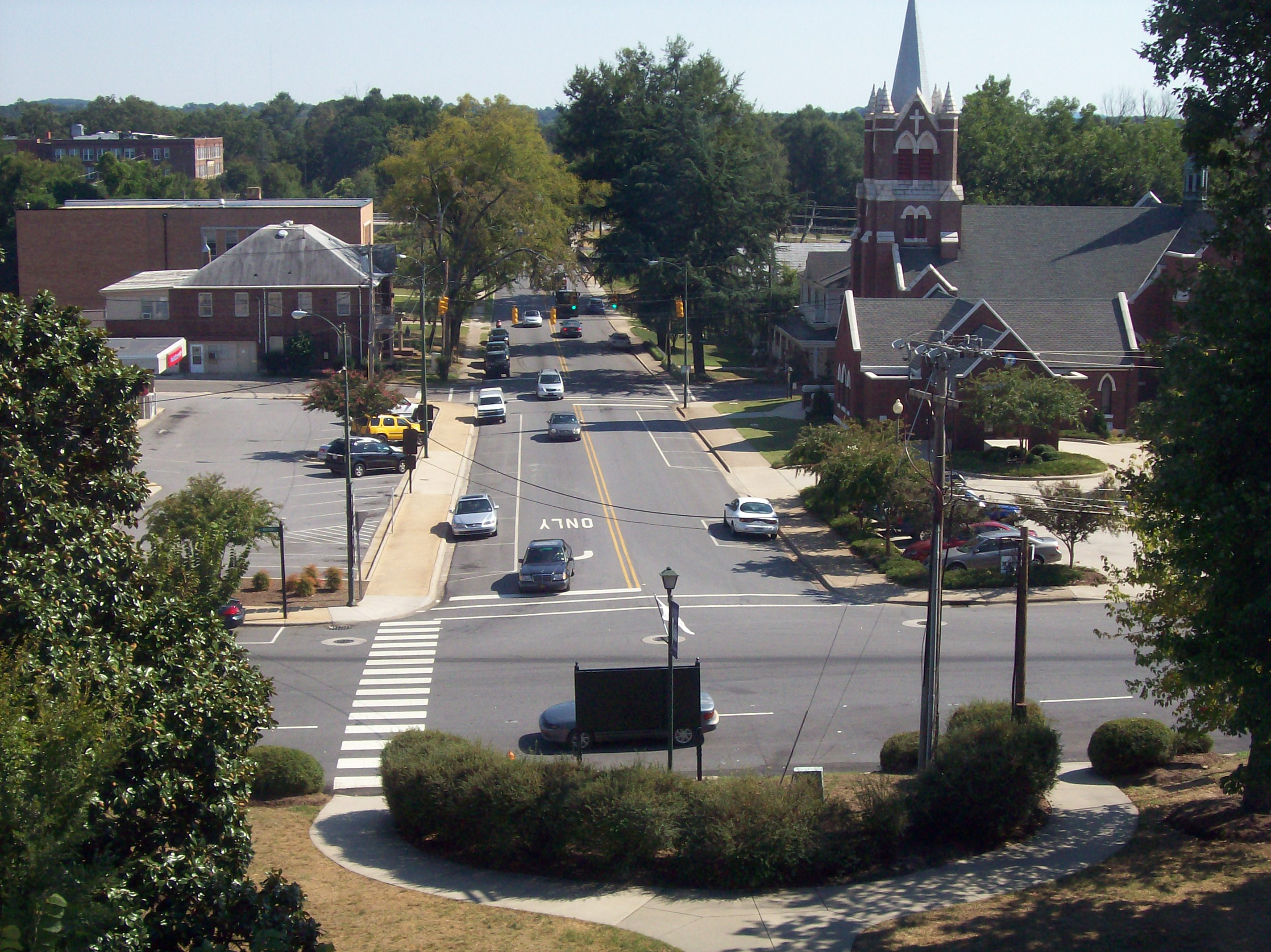Overhead shot of Lincolnton streets with church in